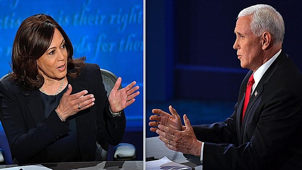 نائب الرئيس الأمريكي مايكبينسوالمرشحة الديمقراطية لهذا المنصب كامالا هاريس خلال مناظرة انتخابية في أكتوبر 2020