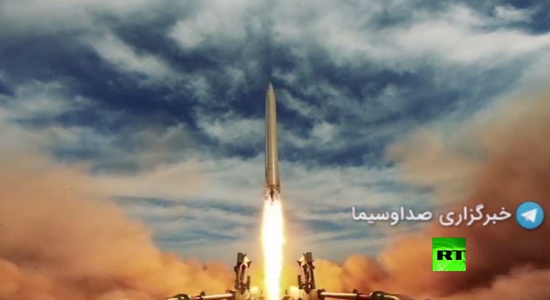 فيديو جديد لإطلاق إيران صواريخ باليستية تصيب أهدافا في المحيط الهندي