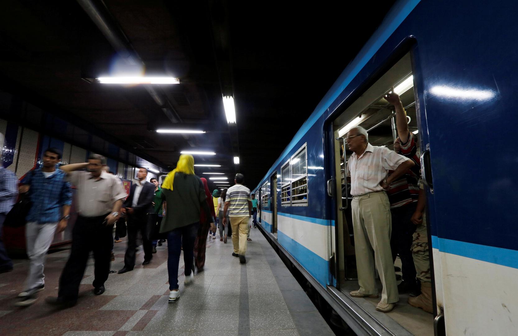 قطار سريع في العاصمة المصرية القاهرة