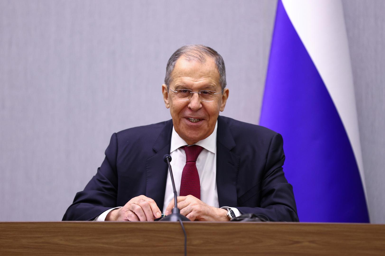 وزير الخارجية سيرغي لافروف يجمل الحصاد الدبلوماسي الروسي للعام 2020