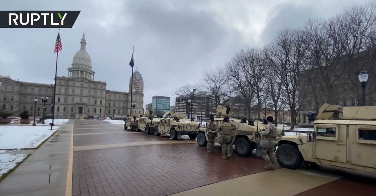 إجراءات أمنية غير مسبوقة في الولايات المتحدة عشية احتجاجات مسلحة محتملة