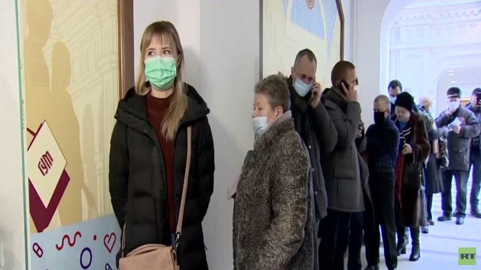 روسيا.. بدء التطعيم العام ضد كورونا
