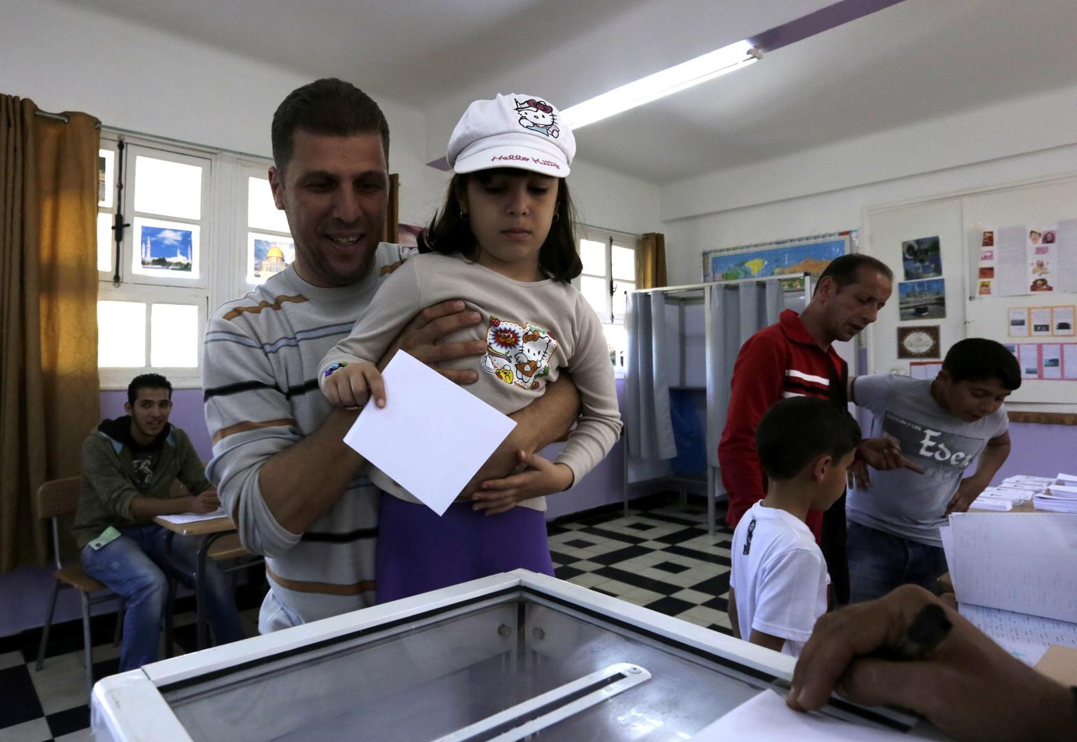 مشهد من انتخابات الرئاسة في 2014.