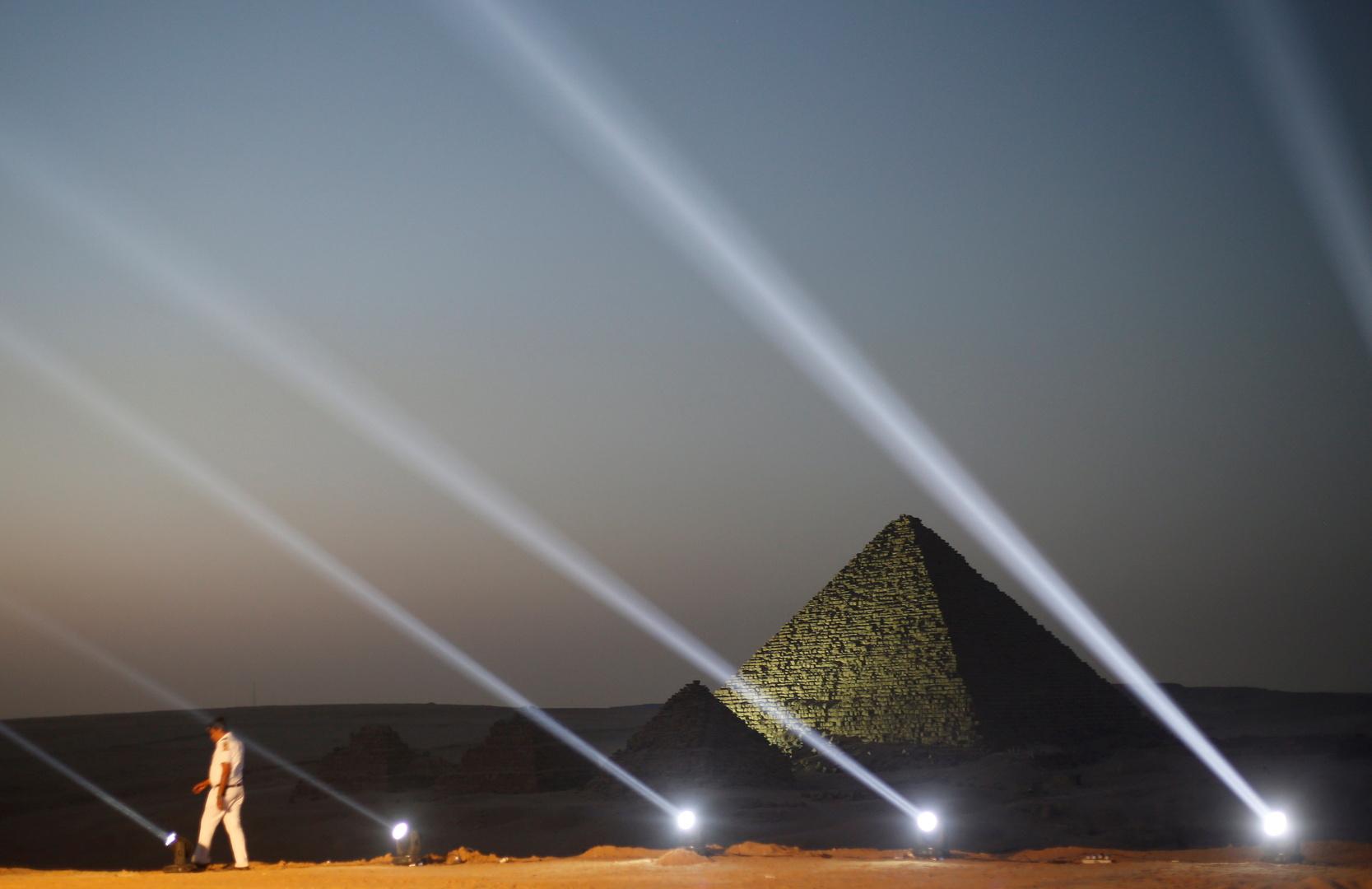 مصر تخطط لنقل مركب خوفو الضخم دون تفكيكه (صور)