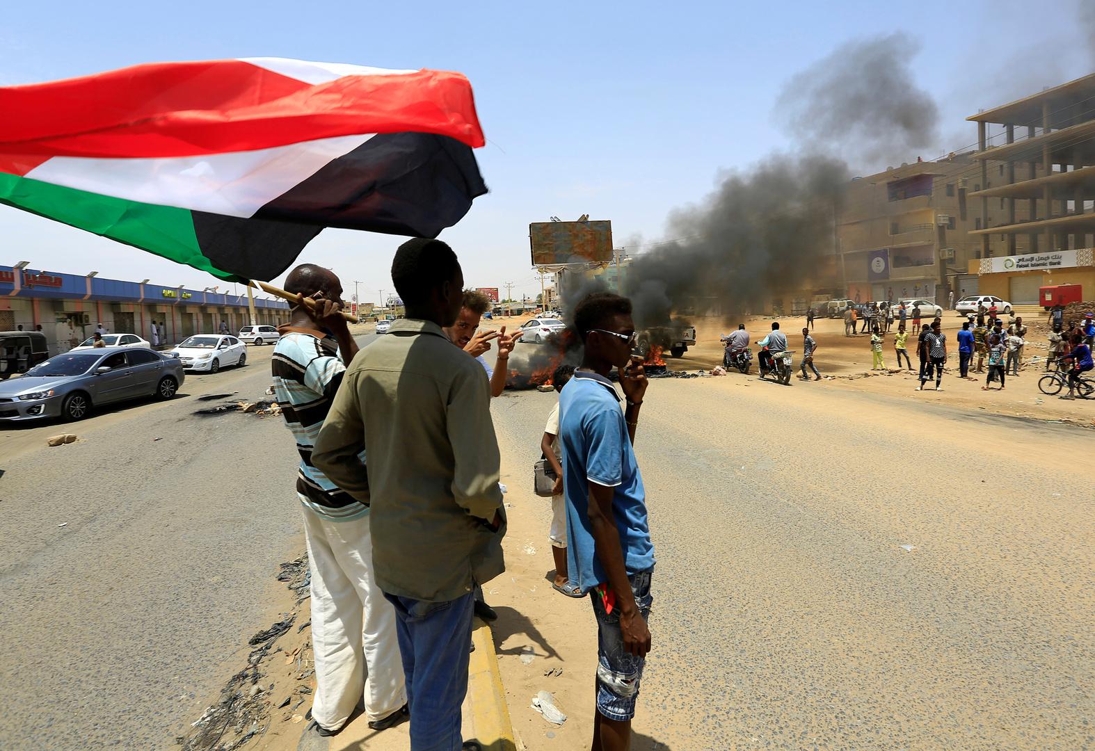 دقلو: لن نسمح بالفوضى في السودان