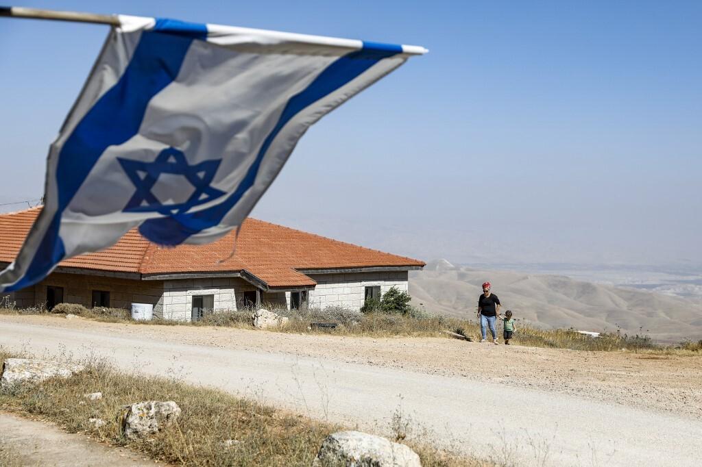 إسرائيل تطرح مناقصات لبناء 2572 وحدة استيطانية جديدة في الخط الأخضر