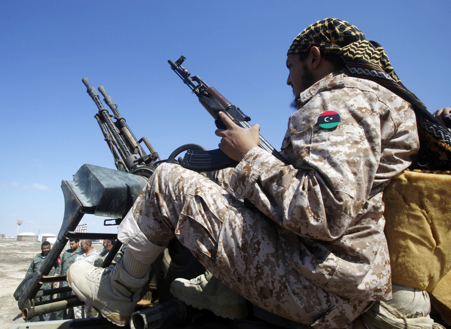 مقتل قيادات عسكرية ليبية إثر انفجار في الأكاديمية البحرية بمنطقة جنزور