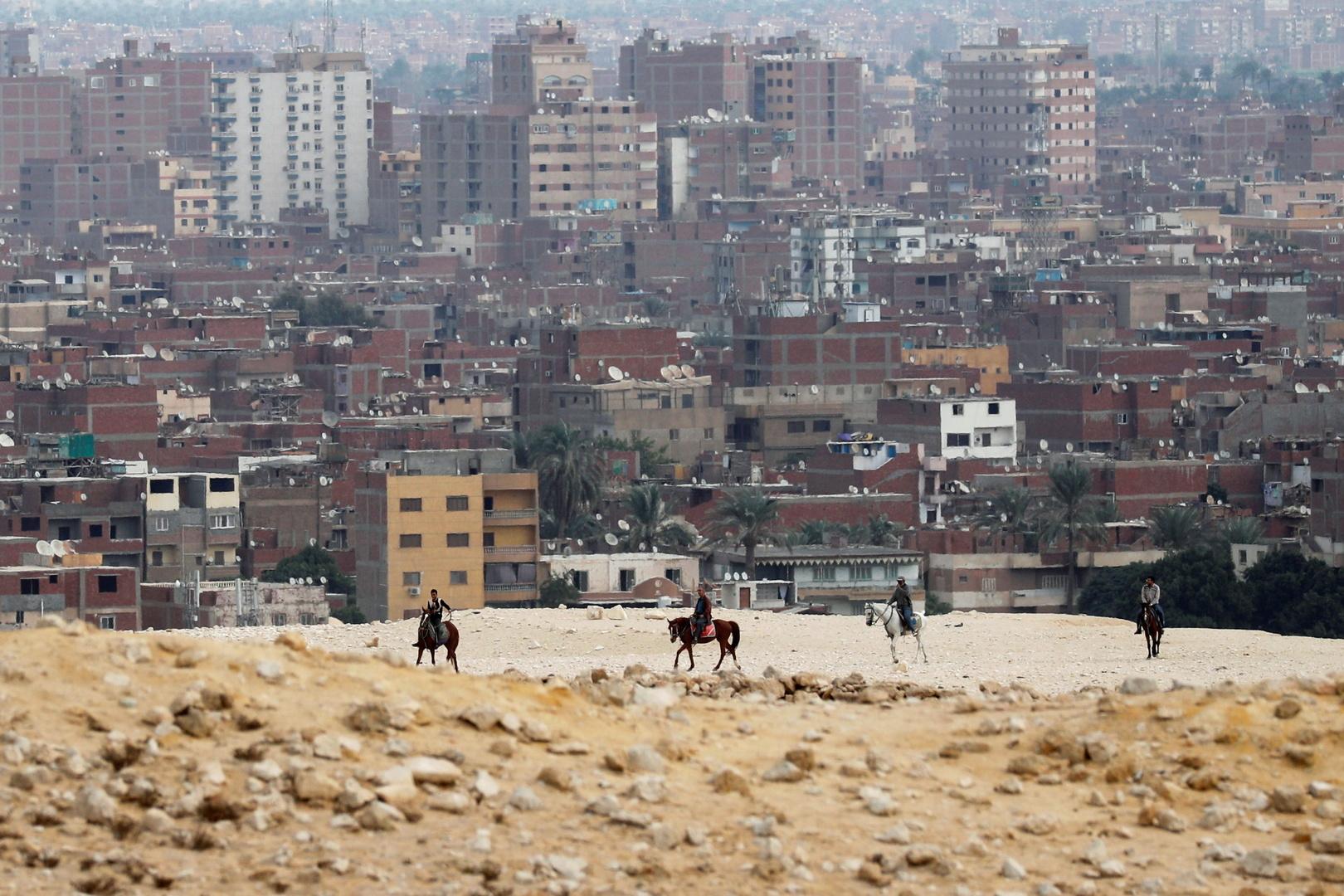 مصر.. إحباط محاولة بيع تمثال أثري ضخم