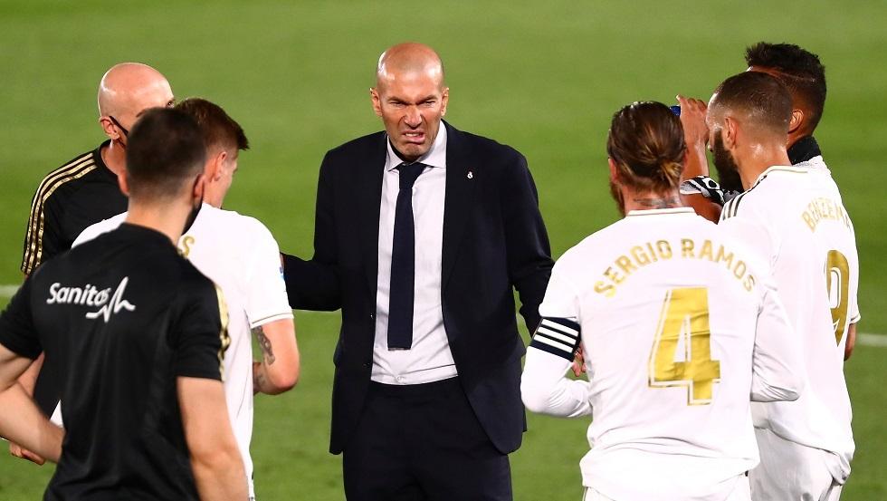 موقف نجوم ريال مدريد من إقالة زيدان