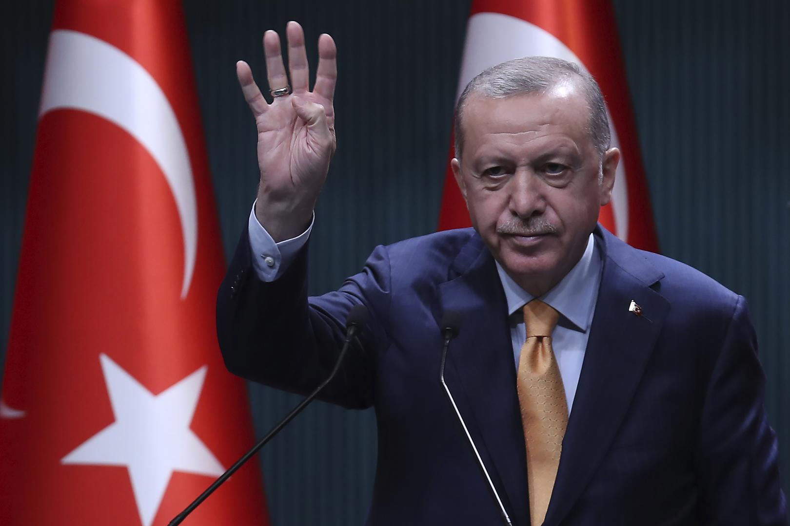 أردوغان يهدد بشن هجوم شمال العراق