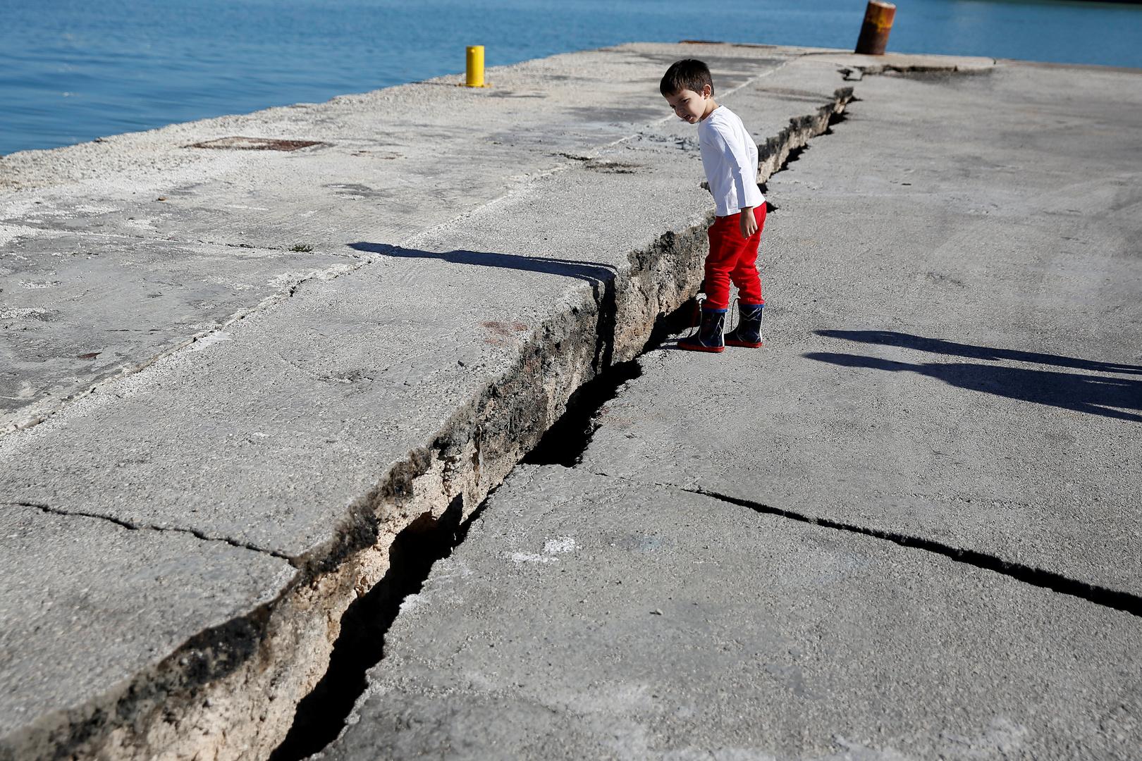زلزال بقوة 4,6 درجات على سلم ريختر يضرب اليونان