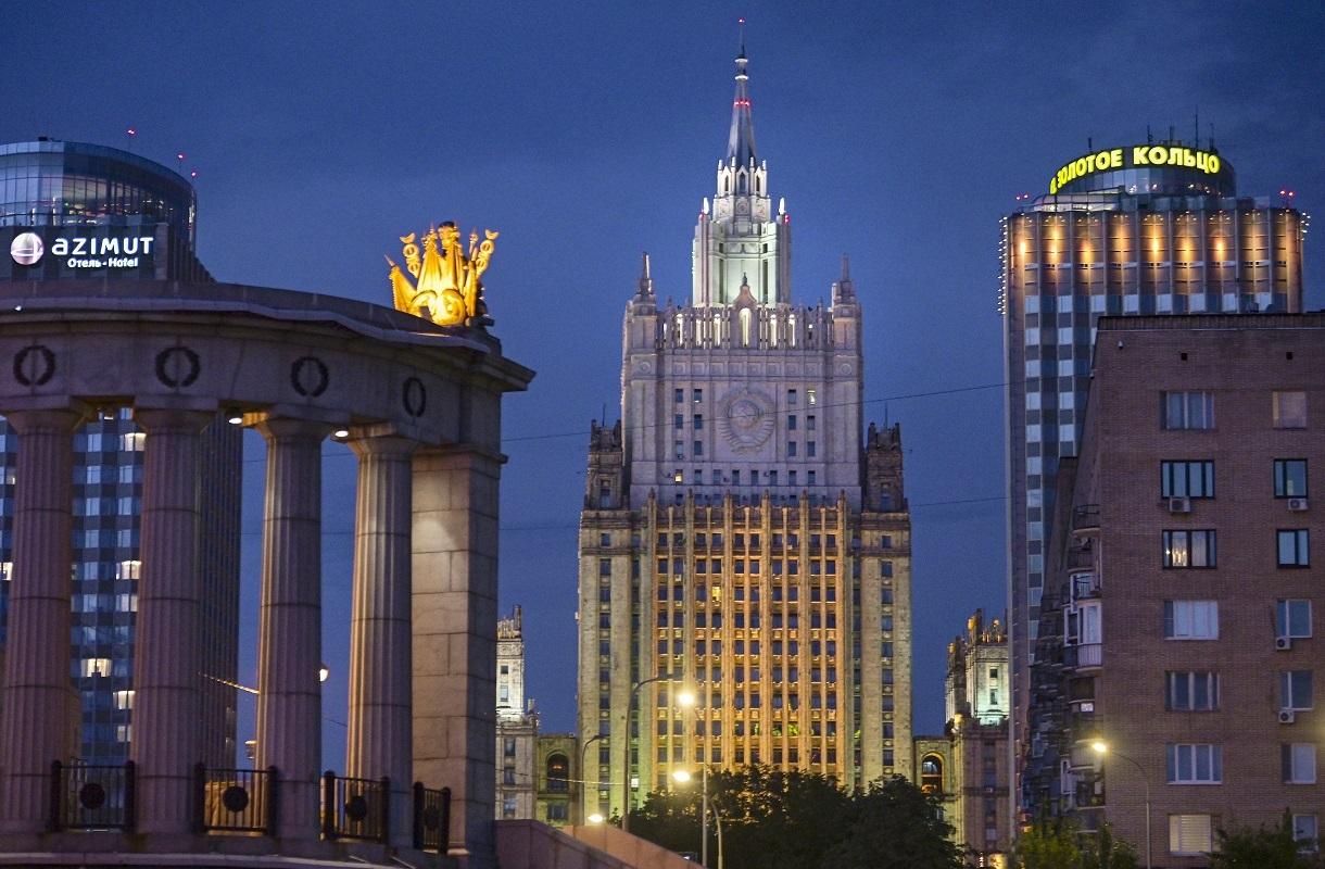 موسكو تعلق على دعم السفارة الأمريكية للاحتجاجات في روسيا