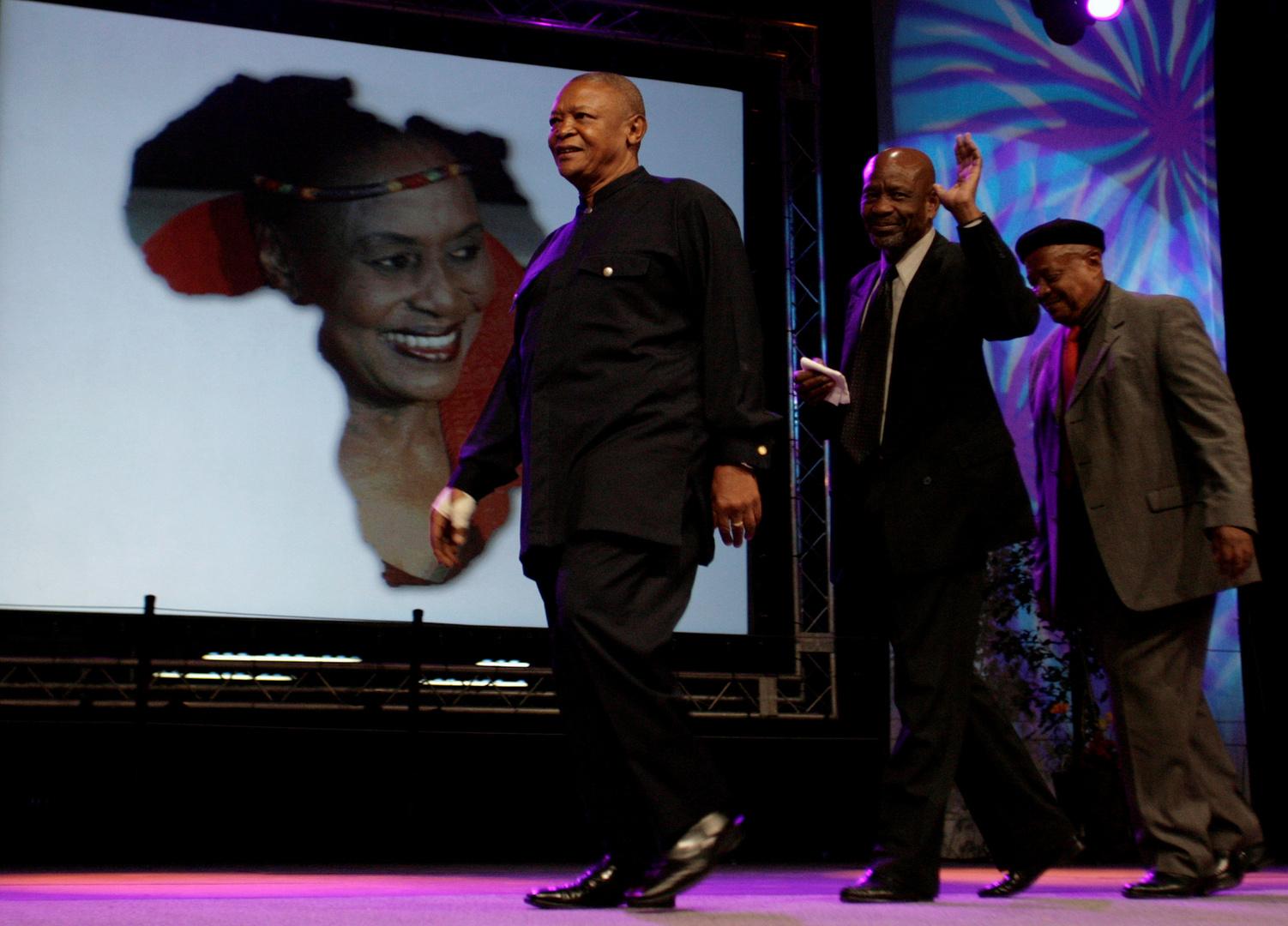 جنوب إفريقيا.. وفاة عملاق موسيقى الجاز جوناس غوانغا عن عمر يناهز 83 عاما