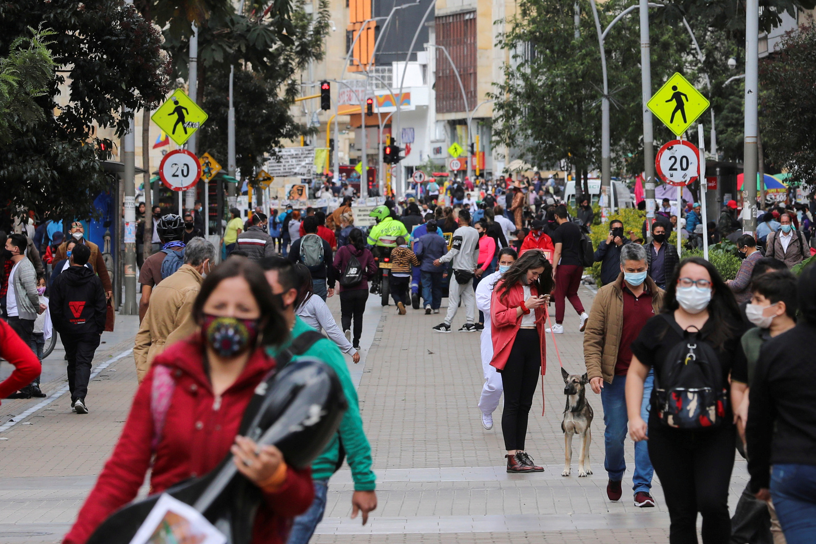 كولومبيا.. الإصابات بفيروس كورونا تتجاوز المليونين