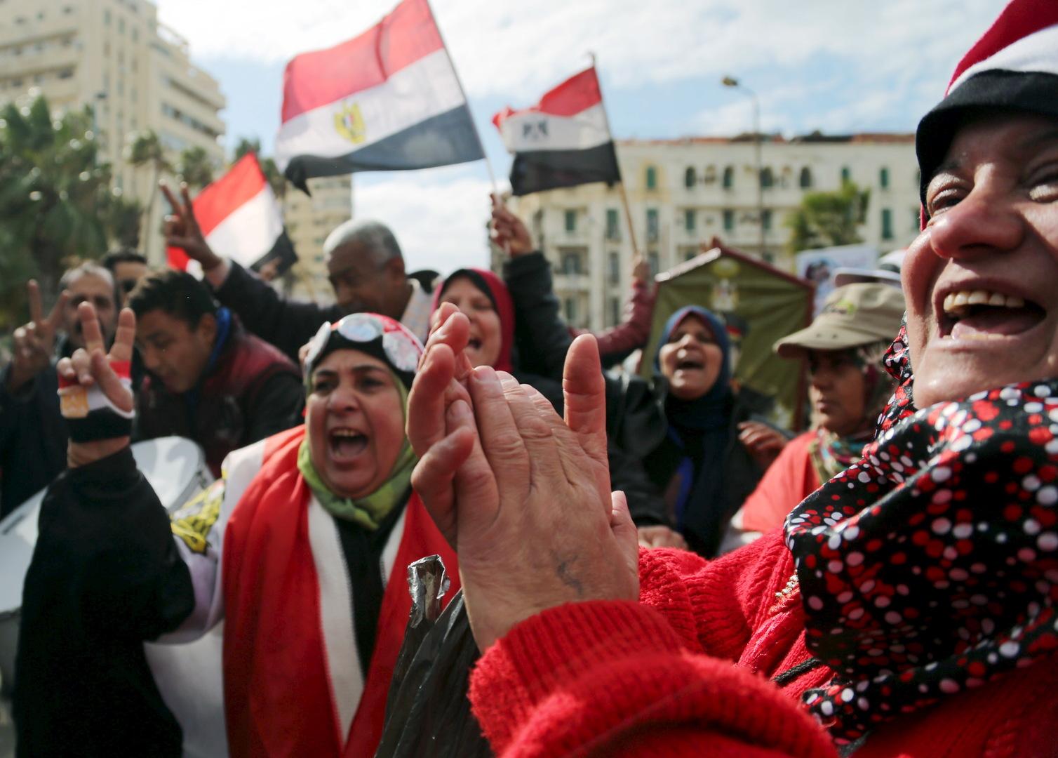 مصدران: السلطات المصرية تعتقل رسام كاريكاتير بعد نشره تسجيلا مصورا تحية لانتفاضة 2011