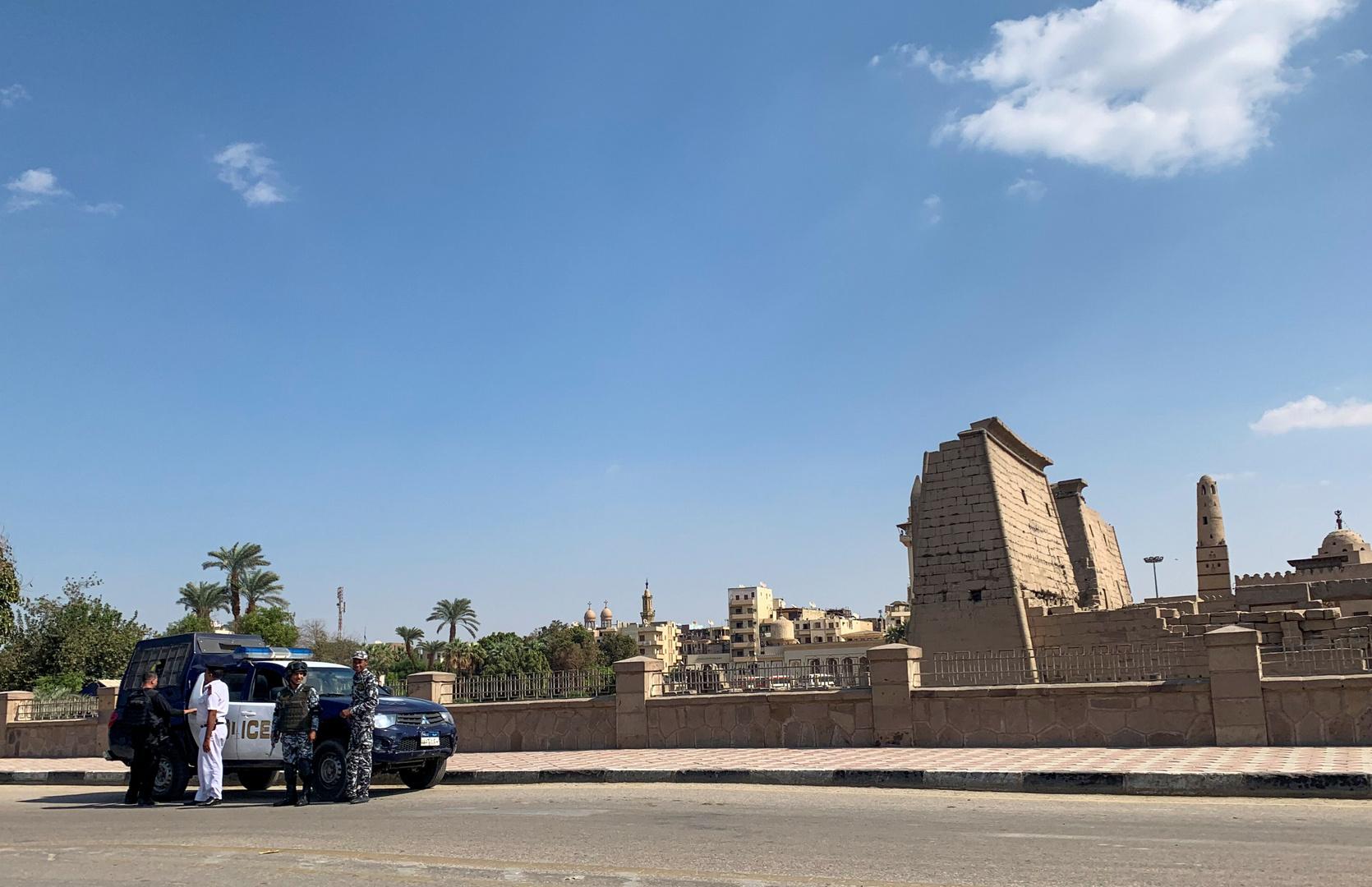 مصري يستولى على ملايين الجنيهات من مواطنين بحيلة ماكرة