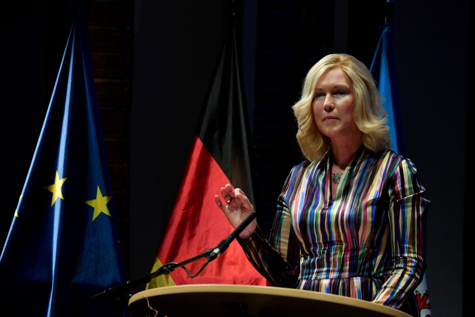 رئيسة حكومة ولاية ألمانية تعارض وقف مشروع