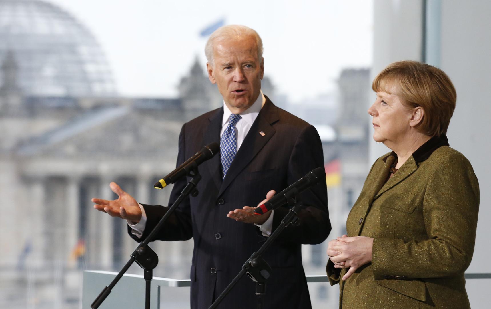 الرئيس الأمريكي الجديد، جو بايدن، والمستشارة الألمانية، أنغيلا ميركل (صورة أرشيفية).