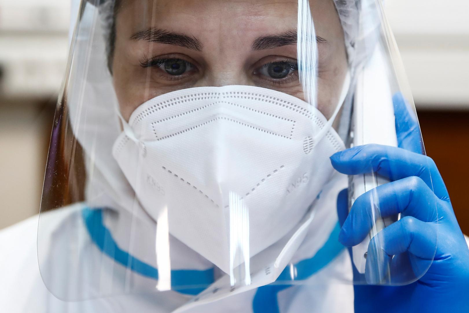 روسيا تسجل أقل حصيلة يومية من الإصابات بفيروس كورونا خلال الأشهر الثلاثة الماضية