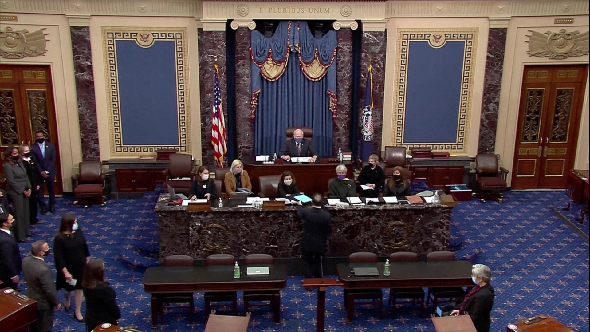 مجلس الشيوخ الأمريكي يتسلم تشريعا خاصا بعزل الرئيس السابق، دونالد ترامب.