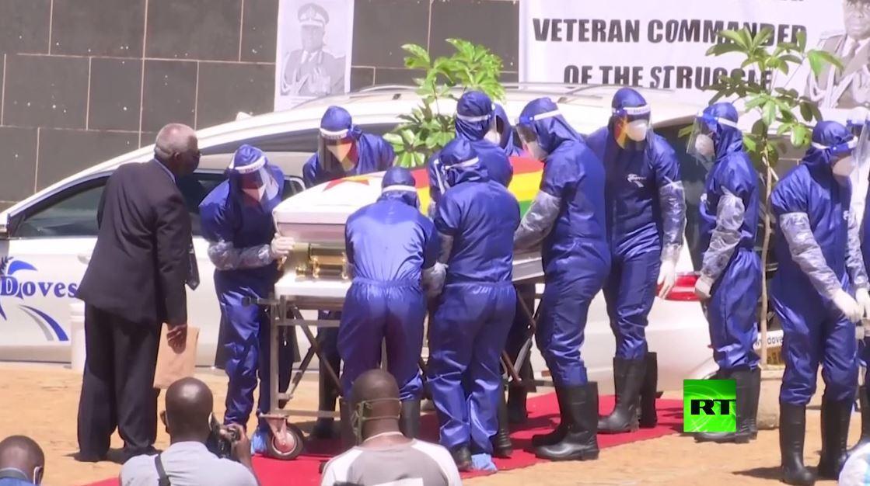 زمبابوي تفرج عن 3 آلاف سجين لكبح تفشي فيروس كورونا في السجون