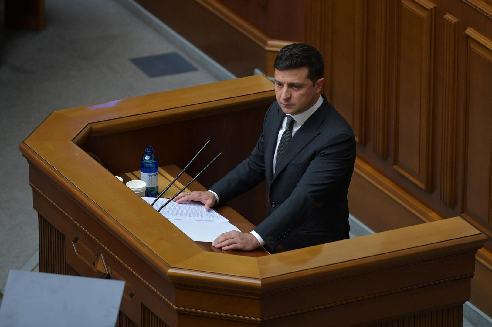 أوكرانيا تفرض عقوبات جديدة على شخصيات وكيانات روسية
