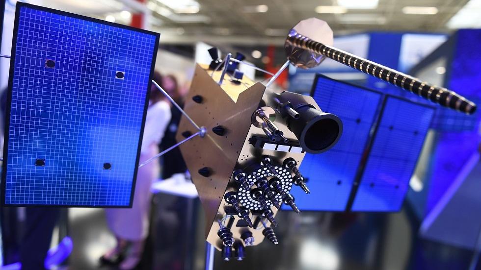 نموذج لأحد أقمار Glonass-K الملاحية الروسية