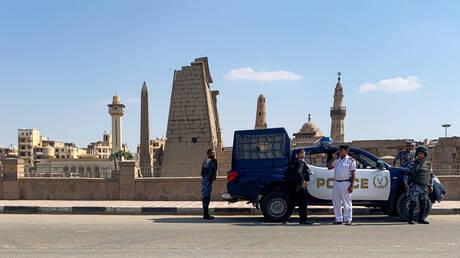 مصر. على طريقة الفنان نور الشريف.. مواطن ينحتل صفة ضابط لمدة 32 سنة والأمن المصري يكشف عملياته