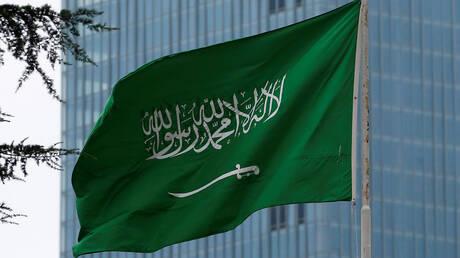 فيديو للداعية السعودي عائض القرني يثير الجدل في مواقع التواصل الاجتماعي