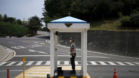وزارة الدفاع في سيئول مستعدة لمناقشة أي مسألة مع كوريا الشمالية
