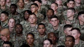 بايدن يلغي قرار منع المتحولين جنسيا من الخدمة في الجيش