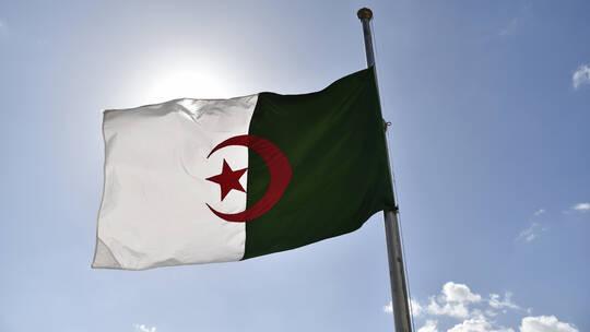 الجزائر ، فرنسا ، قائد عسكري جزائري، النفايات النووية،  التجارب النووية الفرنسية، حربوشة نيوز