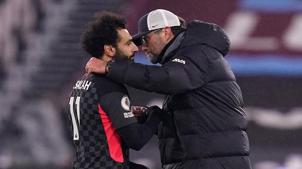مدرب ليفربول يتغنى بإنجاز صلاح التاريخي (فيديو)