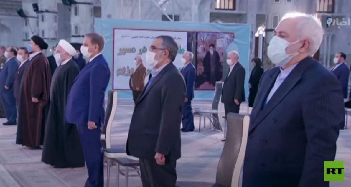 الرئيس الإيراني يزور مرقد الإمام الخميني