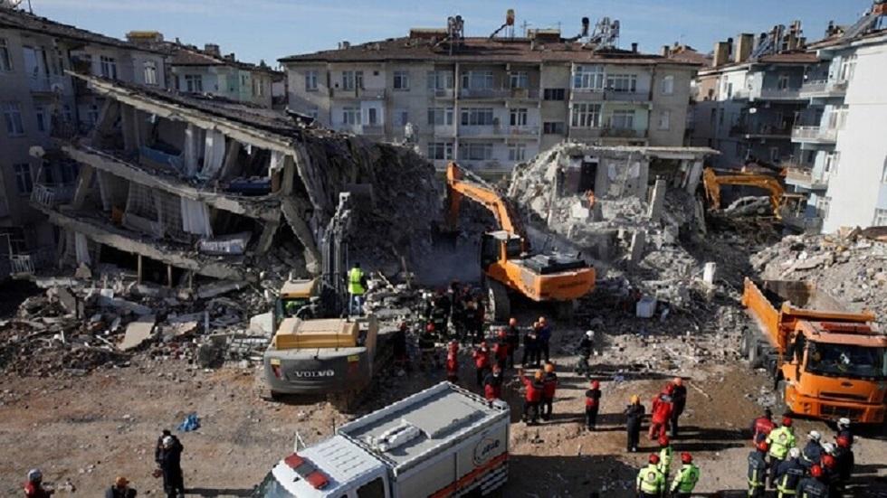 آثار زلزال ضرب إزمير في أكتوبر الماضي - أرشيف