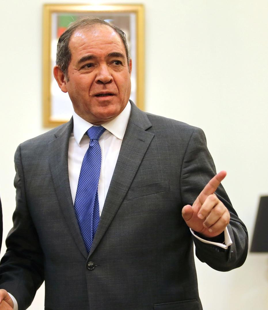 صبري بوقادوم وزير الشؤون الخارجية الجزائري.