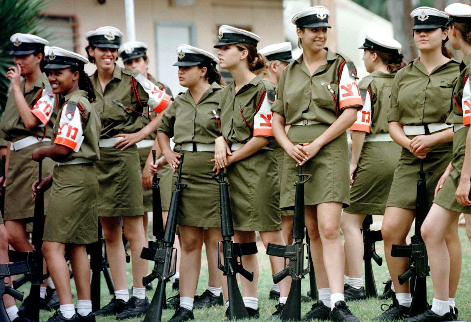 القناة 12 الإسرائيلية تكشف عن دور لنساء الموساد في إبرام اتفاق التطبيع مع دول خليجية!