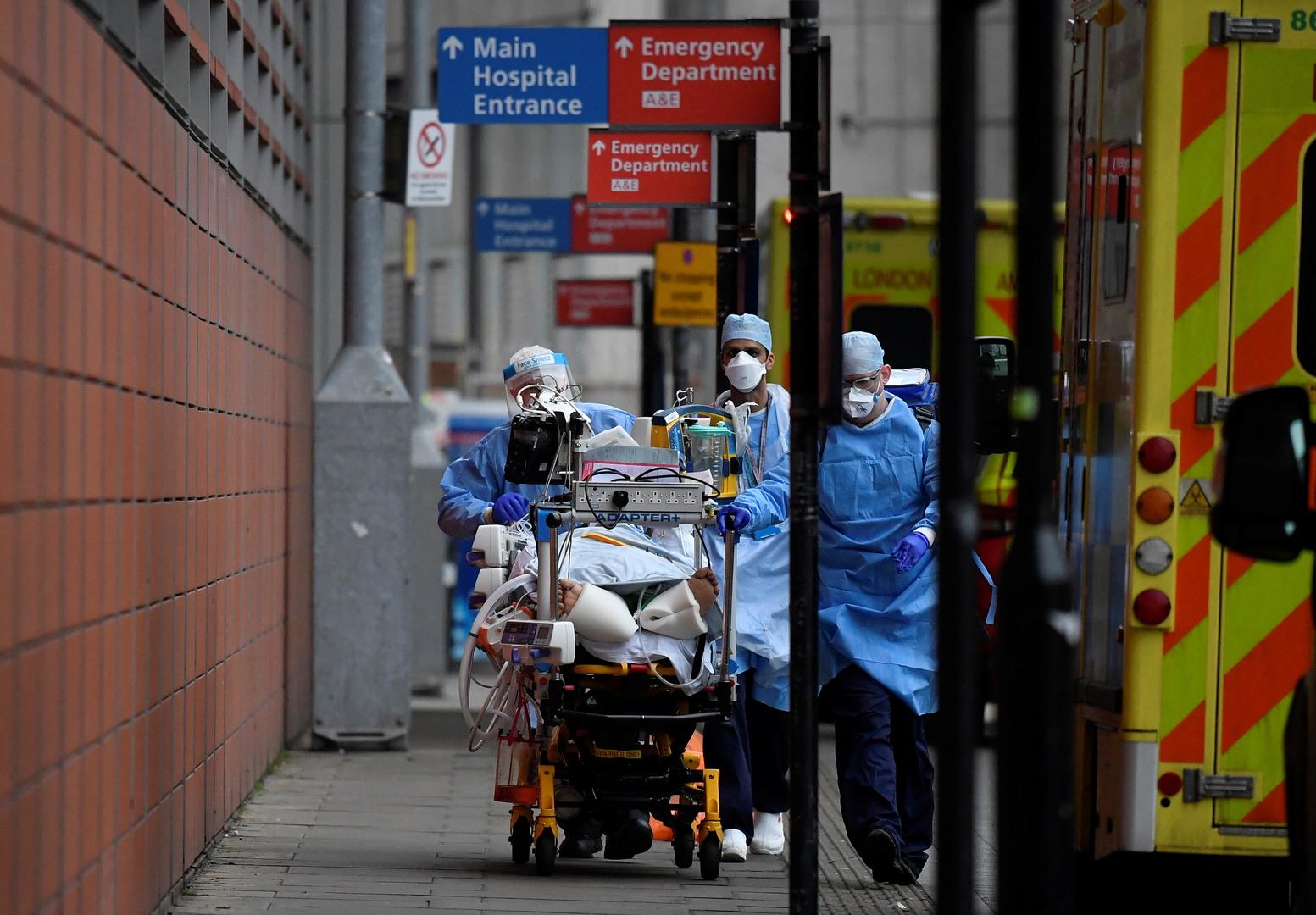 بريطانيا تسجل أدنى مستوى لإصابات كورونا الجديدة منذ شهرين مع تراجع ملحوظ للوفيات