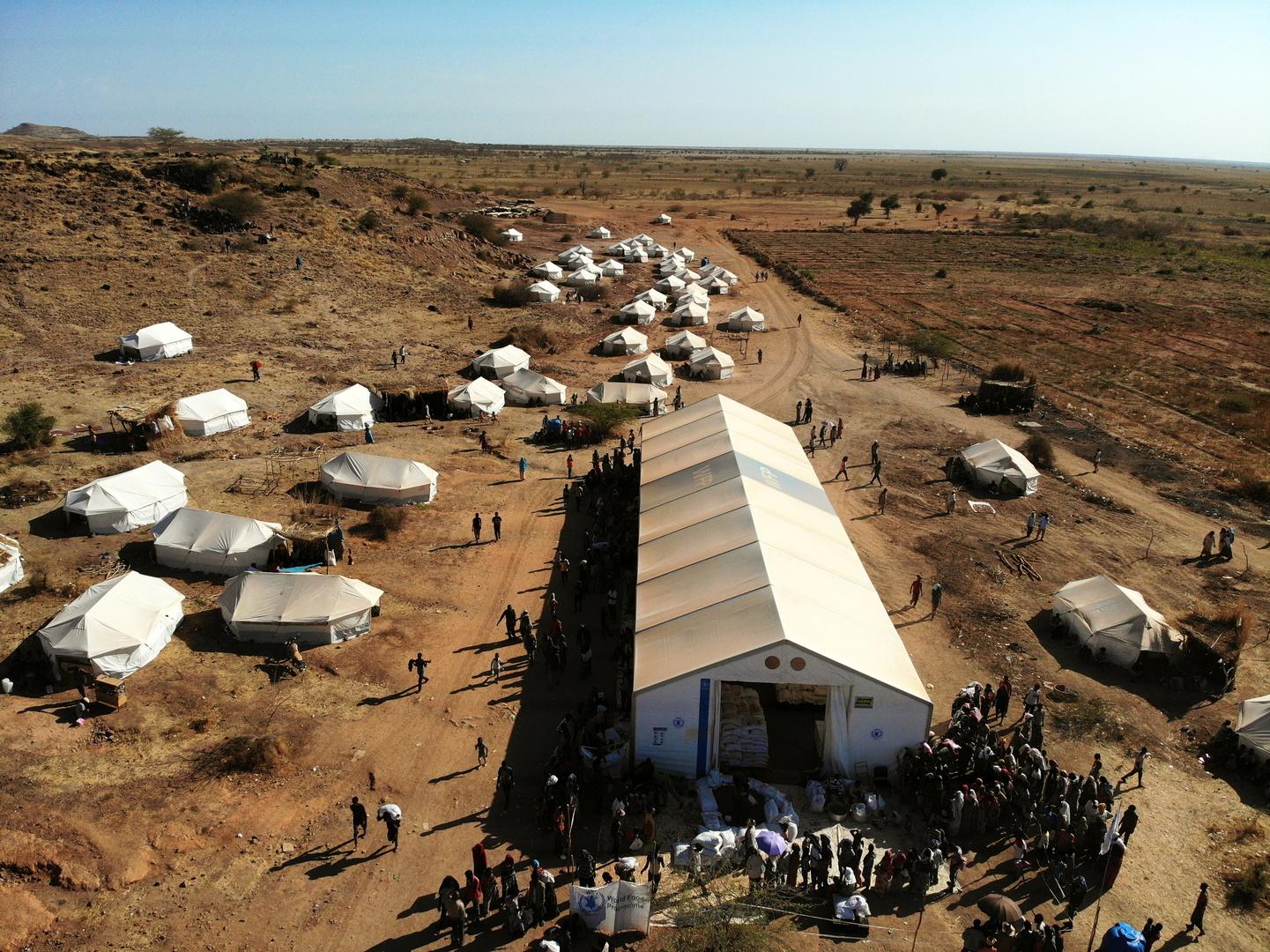 اللاجئون الإثيوبيون في مخيم أم راكوبة في السودان.