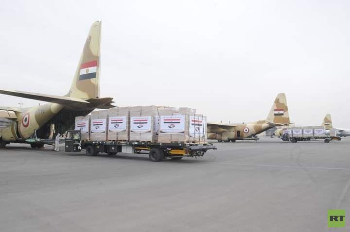 مصر.. إرسال مساعدات غذائية إلى السودان بتوجيه من السيسي