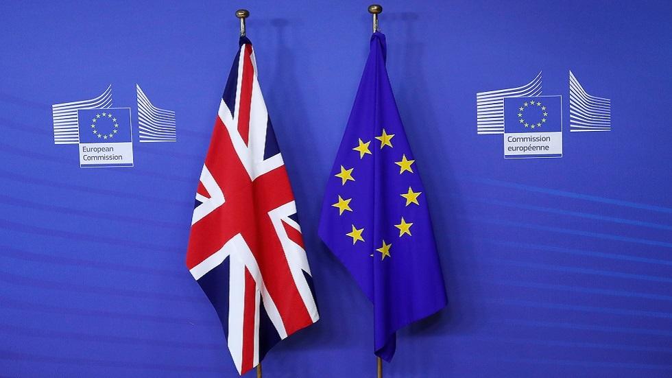 المفوضية الأوروبية: بريطانيا ستتلقى ضربة أقوى بكثير من الاتحاد الأوروبي جراء الانفصال
