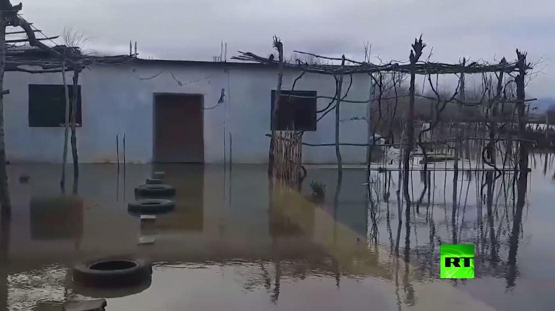 بالفيديو.. فيضانات عارمة في ألبانيا