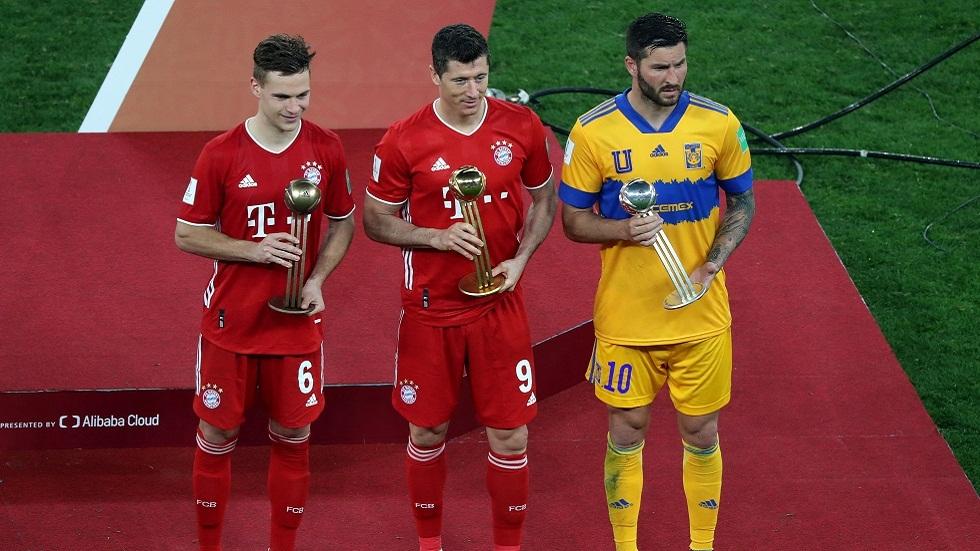 ليفاندوفسكي يتوج بجائزة أفضل لاعب في مونديال الأندية (فيديو)