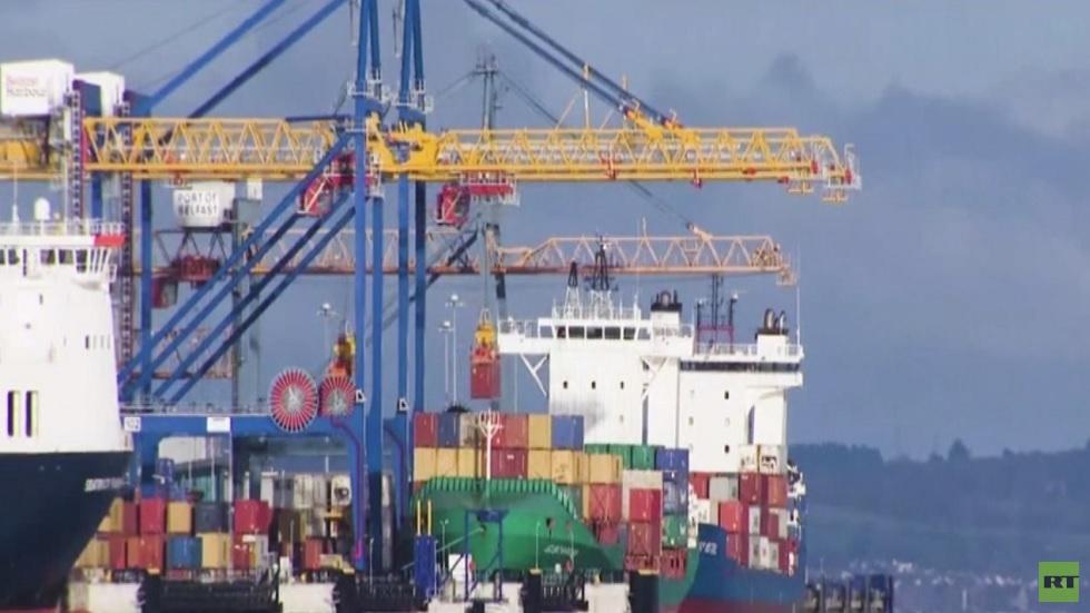 خلافات حول حركة البضائع إلى إيرلندا الشمالية