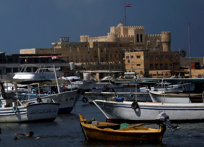 ميناء في الإسكندرية بمصر