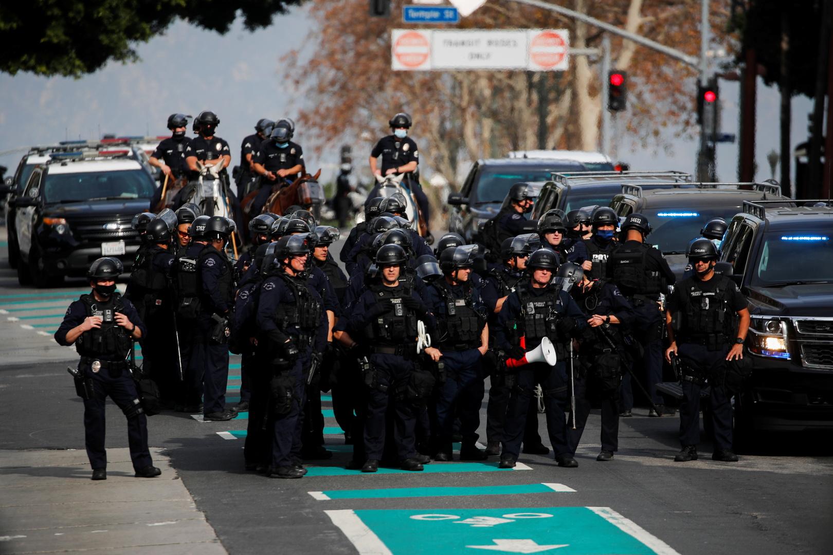 عناصر شرطو في لوس أنجلوس