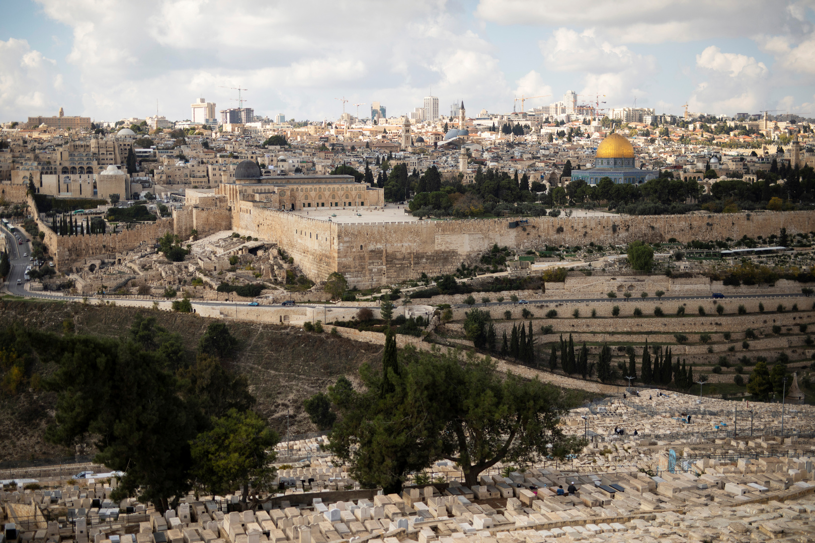 إصابة فلسطينييْن اثنين خلال مواجهات مع قوات إسرائيلية في القدس
