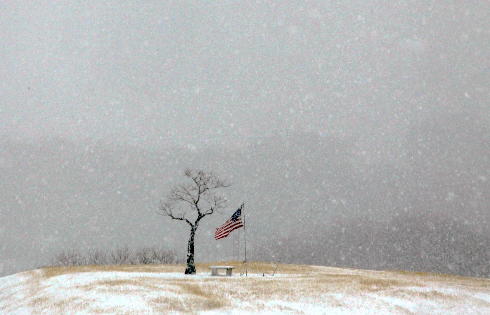 خبراء: على الولايات المتحدة الاستعداد لمزيد من العواصف المميتة