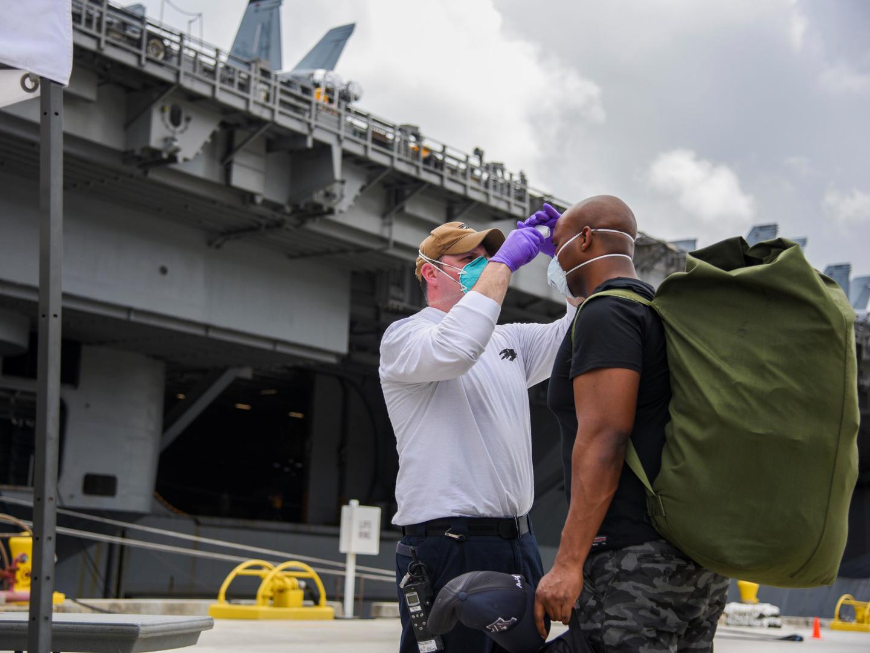 البنتاغون: ثلث العسكريين الأمريكيين يرفضون تلقي لقاح كورونا