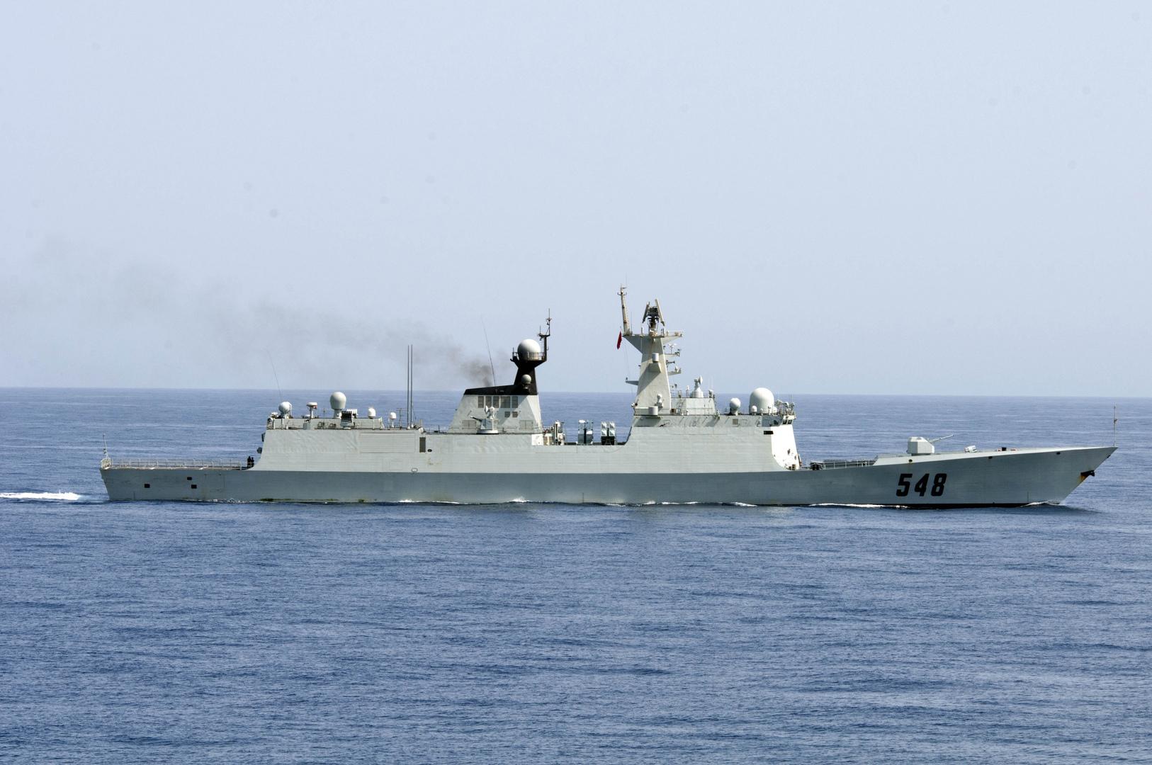 البحرية الأمريكية تضبط أسلحة مهربة قبالة الصومال